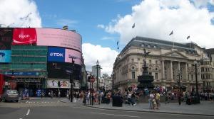 London 07 04 13 005: Elizabeth Whitten